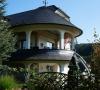 Turmdach Naturschiefereindeckung mit unterstehendem Freisitz